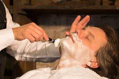 Shaving-Area-Alsterhaus