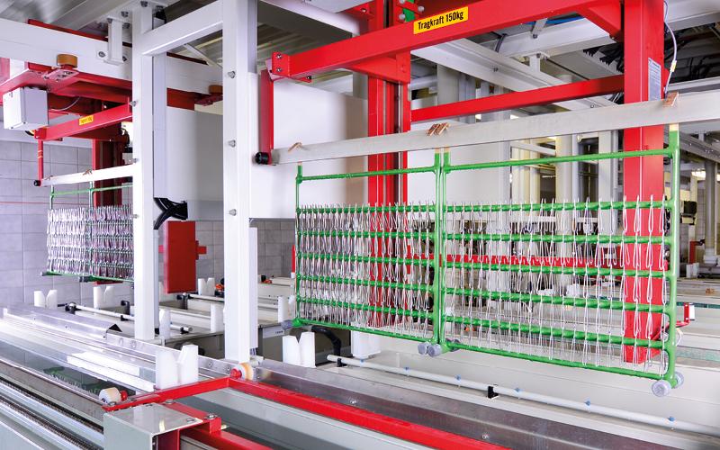 Vollautomatische Galvanisierungsanlage bei Becker-Solingen